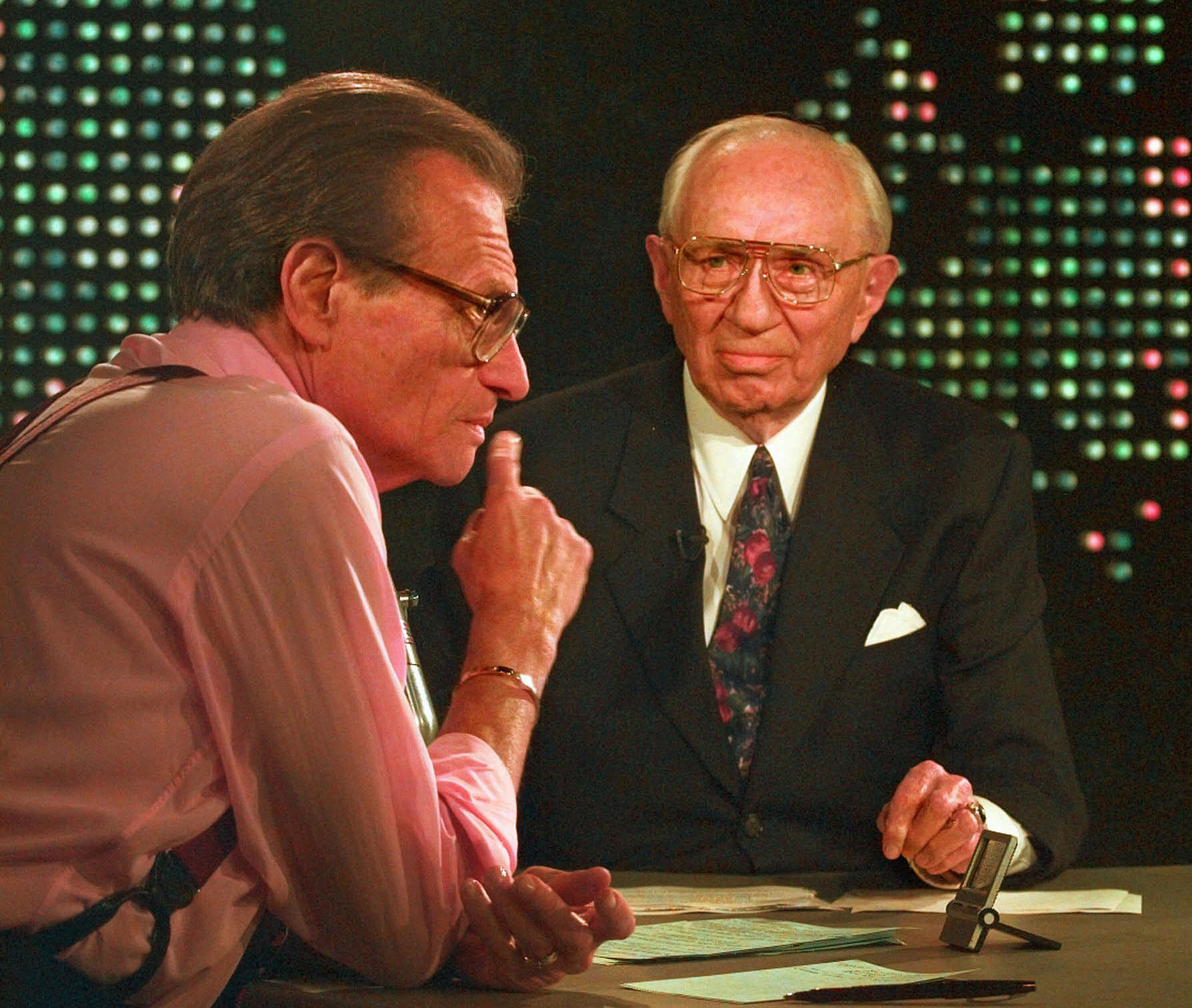 "President Hinckley on Larry King ""Live"" Tonight!"